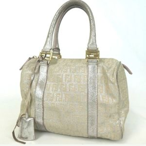 AUTHENTIC FENDI  ZUCCA PATTERN HANDBAG.